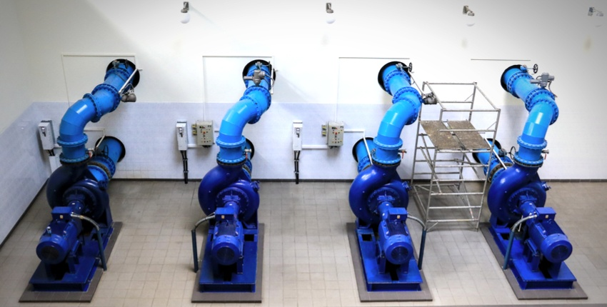 bluelines-water-pumps-carry-drinking-water-to-household-taps