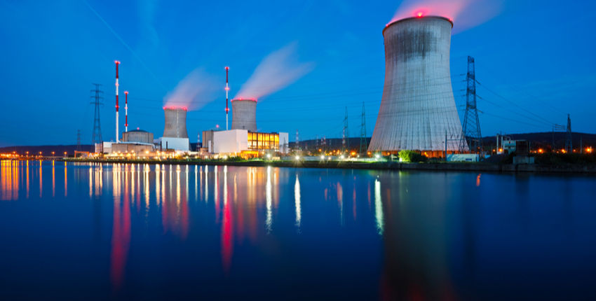 nuclear-power-plant-using-carbon-graphite-1